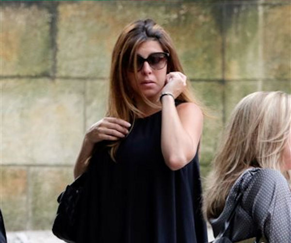 "<div class=""meta ""><span class=""caption-text "">Actress Jamie Lynn Sigler arrives for the funeral service of James Gandolfini, star of ""The Sopranos,"" in New York's the Cathedral Church of Saint John the Divine, Thursday, June 27, 2013. The 51-year-old actor died of a heart attack last week while vacationing in Italy with his son.(AP Photo/Richard Drew)</span></div>"