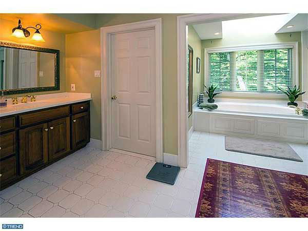 "<div class=""meta image-caption""><div class=""origin-logo origin-image ""><span></span></div><span class=""caption-text"">Pictured: The $1.8 million home for sale at 108 Summer Hill Lane in Wayne, Pa.  There will be an open house there on Sunday, July 28th at 2:00 p.m.</span></div>"