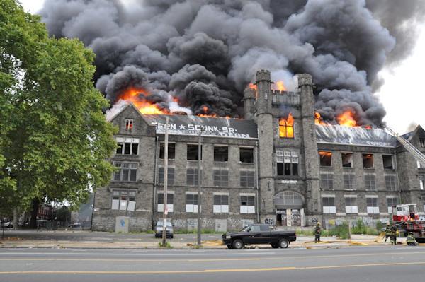 Spectacular photos of old Edison High fire | abc30.com