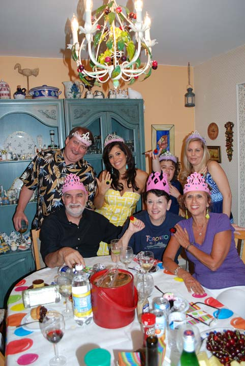 Alicia attends a family gathering with her in-laws in State Island, New York. Whoever thought it was a boy was wearing a top hat and mustache, while Team Girl was wearing a crown with a ring pop!