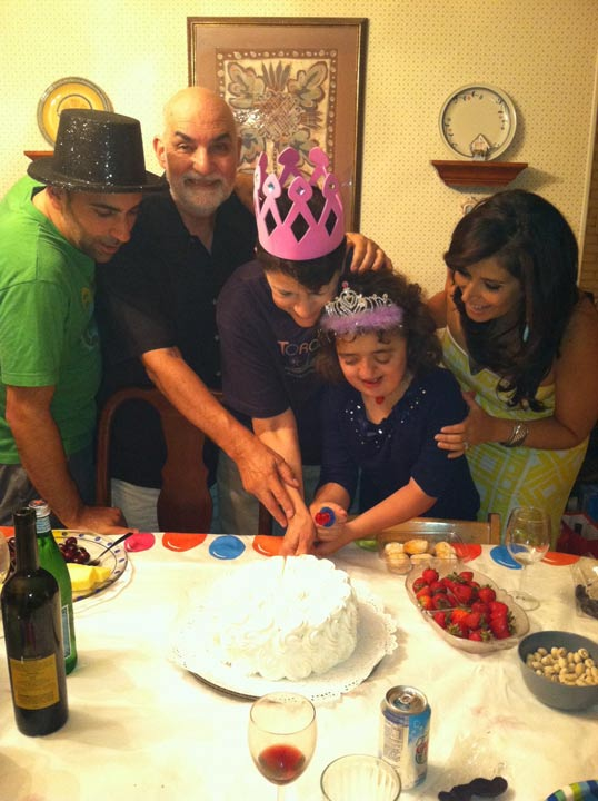 "<div class=""meta ""><span class=""caption-text "">Alicia attends a family gathering with her in-laws in State Island, New York, where a cut of the cake reveals she is having a girl!  </span></div>"