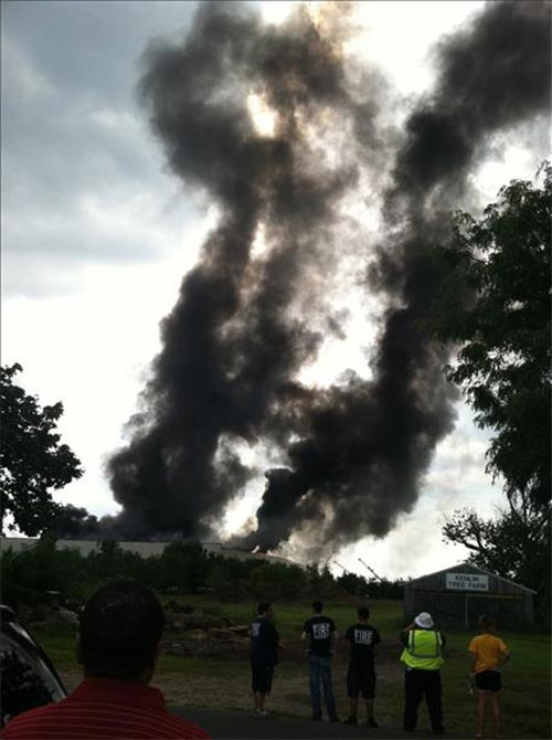 "<div class=""meta ""><span class=""caption-text "">Amy Wilson snapped this photo of the Delanco, New Jersey warehouse fire</span></div>"