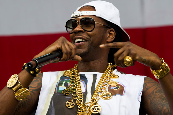"<div class=""meta ""><span class=""caption-text "">2 Chainz performs on day one of the 2013 Budweiser Made in America Festival on Saturday, Aug. 31, 2013 in Philadelphia, PA. (Photo by Charles Sykes/Invision/AP)    </span></div>"