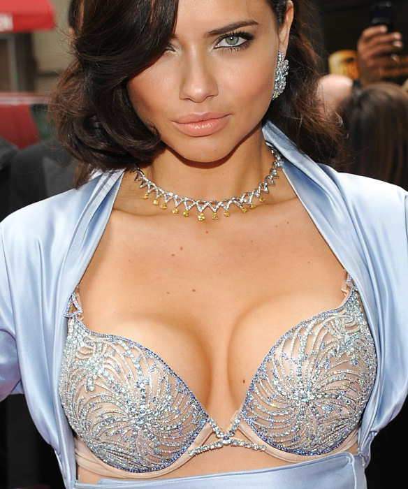 Victoria&#39;s Secret Angel Adriana Lima unveils the &#36;2 million &#39;Bombshell&#39; fantasy bra at Victoria&#39;s Secret Soho store on Wednesday, Oct. 20, 2010 in New York.  <span class=meta>(AP Photo&#47;Evan Agostini)</span>
