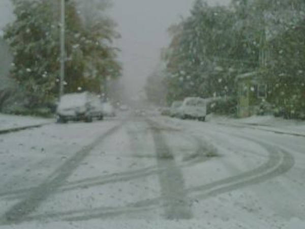 Peter Huber - It's definitely sticking to the roads in Pottstown...  Submitted on the Action News Facebook page