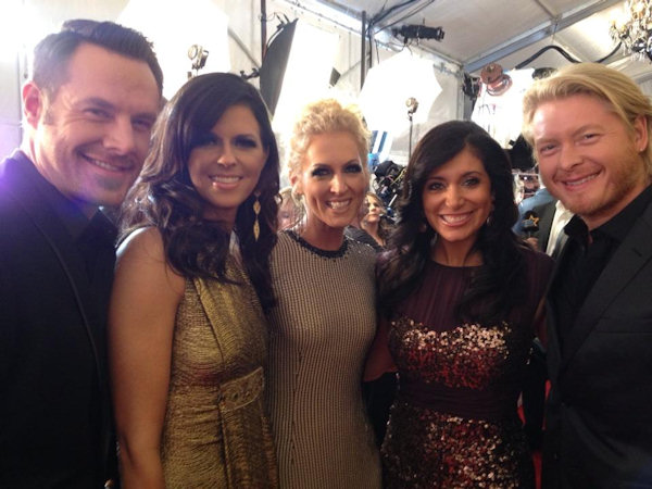 Alicia Vitarelli with Little Big Town on the red carpet of the Country Music Awards in Nashville on November 1, 2012.