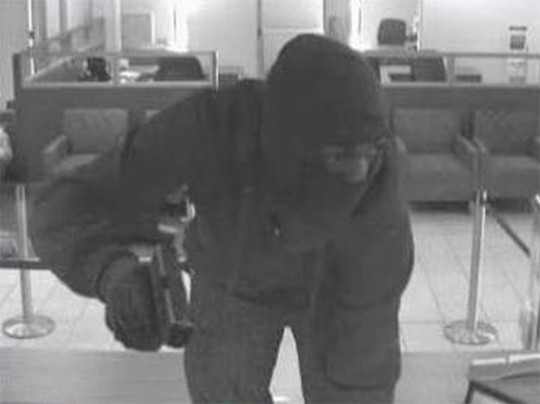 "<div class=""meta ""><span class=""caption-text "">Masked gunmen stormed the Wells Fargo Bank branch located at 307 Levering Mill Road in Bala Cynwyd, Pennsylvania on Monday. Authorities are now offering a $10,000 for information leading to the arrest and conviction of the suspects. Anyone with information is urged to call the FBI at 215-641-8910 or the Lower Merion Township Police Department at 610-649-1000; tipsters can remain anonymous. </span></div>"