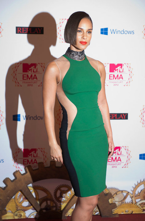 Alicia Keys poses on 11.11.12 at the 19th MTV Europe Music Awards 2012 in Frankfurt.(Thomas Lohnes / DAPD)