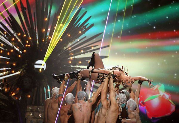 "<div class=""meta ""><span class=""caption-text "">Ke$ha performs at the 40th Annual American Music Awards on Sunday, Nov. 18, 2012, in Los Angeles. (Photo by Matt Sayles/Invision/AP) </span></div>"