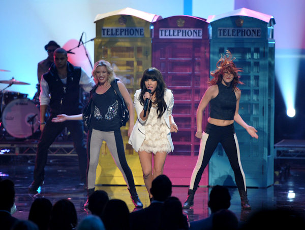 Carly Rae Jepsen performs at the 40th Annual American Music Awards on Sunday, Nov. 18, 2012, in Los Angeles. (Photo by John Shearer/Invision/AP)