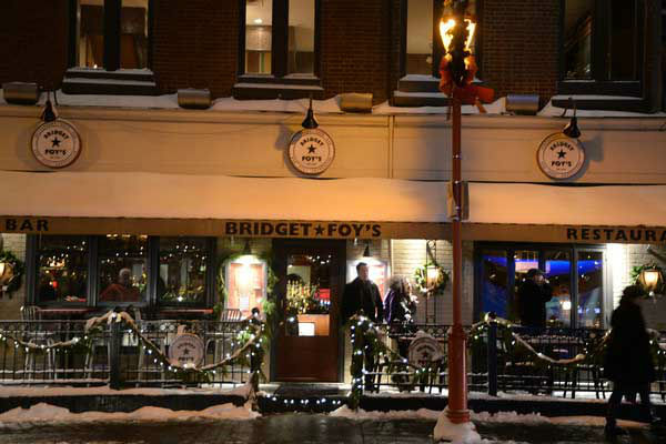 The Headhouse District on Philadelphia&#39;s South Street held a Winter Wonderland and Tree Lighting on Sunday, December 8th.  The event included a window decorating competition and the arrival of Santa Claus! <span class=meta>(HughE Dillon)</span>