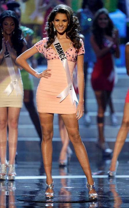 "<div class=""meta ""><span class=""caption-text "">Miss France, Marie Payet, takes center stage as one of the final 16 contestants during the Miss Universe competition, Wednesday, Dec. 19, 2012, in Las Vegas. (AP Photo/Julie Jacobson)    </span></div>"