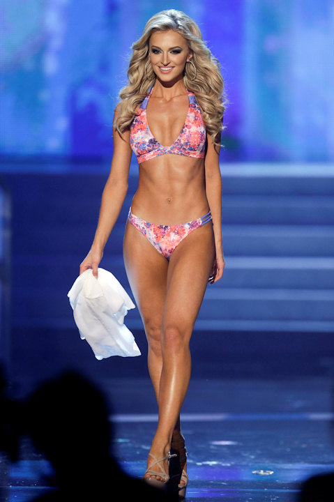 "<div class=""meta ""><span class=""caption-text "">Melinda Bam, Miss South Africa, competes in the swimsuit portion of the Miss Universe competition, Wednesday, Dec. 19, 2012, in Las Vegas. (AP Photo/Julie Jacobson)      </span></div>"