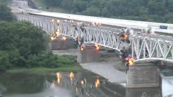 Allegheny River Bridge demolition