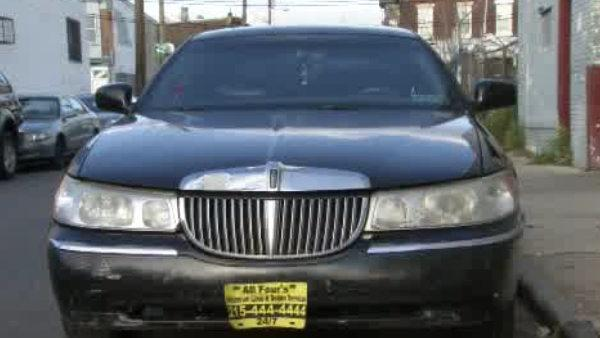 Feds: Philly limo owner tried to bribe police