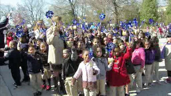 Students rally to prevent child abuse