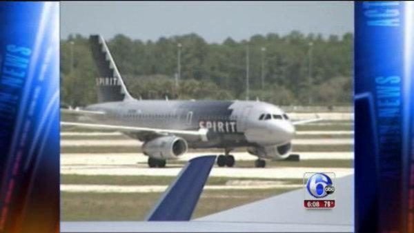 Travelers feel little effects from FAA shutdown