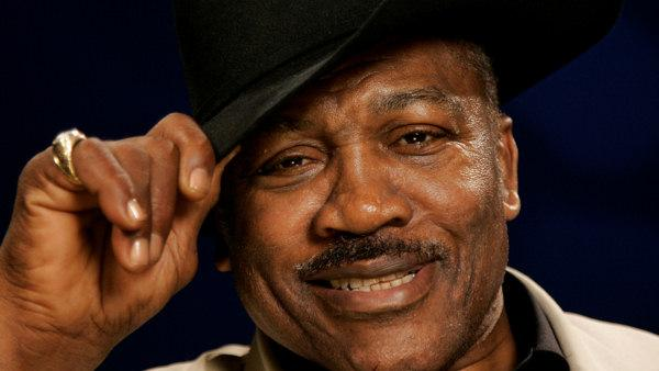 Boxing great Joe Frazier has died