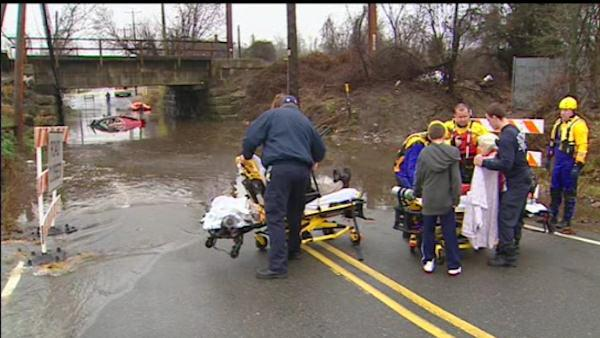 Heavy rains cause pre-Thanksgiving flooding