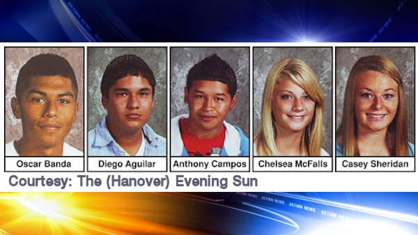 5 teens killed in central Pa. crash