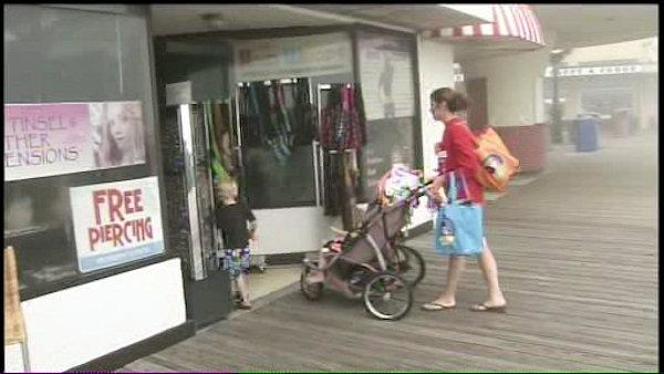 Mild winter keeps shops open at Jersey Shore