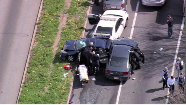 Phila. police cruiser crashes