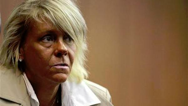 Case against tanned NJ mom sent to grand jury