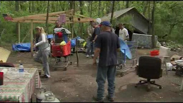 Moving day for Tent City in Bristol