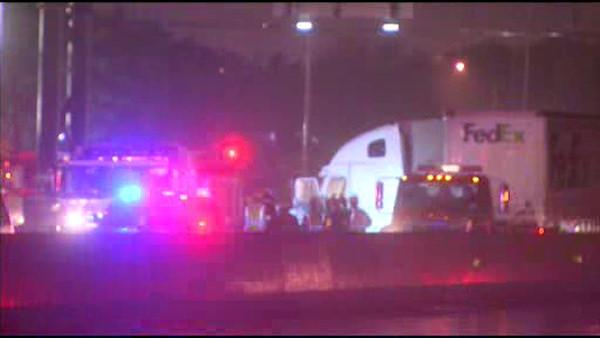 Jackknifed truck cleared from I-95