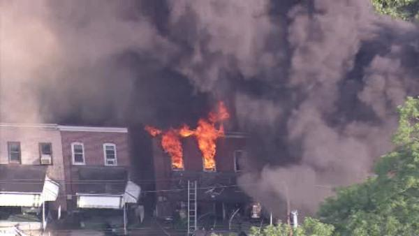 4-alarm fire displaces Coatesville residents