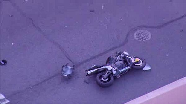 Off-duty Phila. officer critical after motorcycle crash in North Phila.