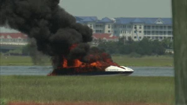 Boat catches fire in North Wildwood