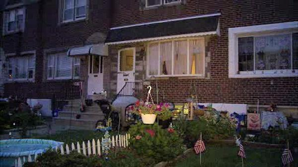 Teen held at gunpoint in Tacony home invasion
