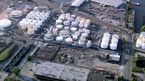 Crews douse refinery fire in Port Richmond section of Philadelphia