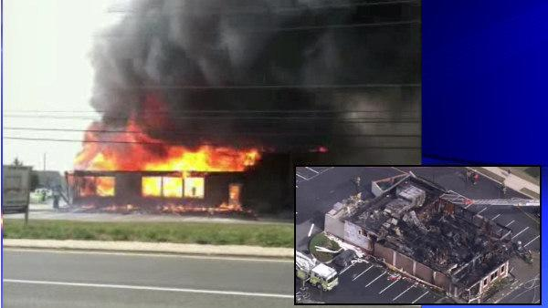 Fire destroys Friendly's restaurant in Middletown