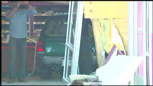 Car plows into Bethlehem doughnut shop