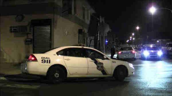 Police: 2 men stabbed after argument in Kensington