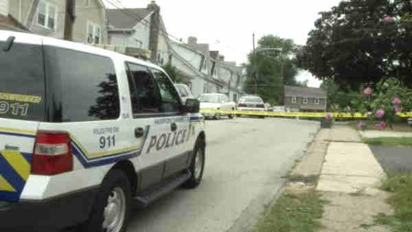 Police: Husband shoots wife in Havertown