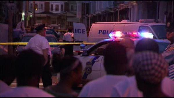 Police fatally shoot suspect in struggle