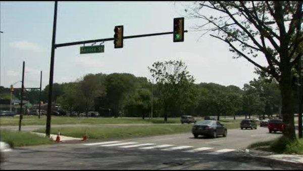 Crosswalk lights installed on Roosevelt Blvd.