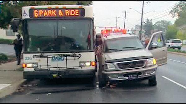 Passenger hurt in Delaware bus accident