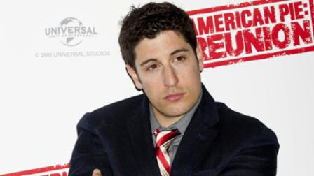 FILE - In this April 16, 2012, file photo, Jason Biggs poses for photographers in London. Biggs is getting some flak for his vulgar tweets, but the actor doesnt seem to mind. Last week, he got into some trouble for tweeting about the wives of the republican presidential candidates. (AP Photo/Jonathan Short, File)