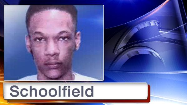 Police: Man stabbed by cell phone store clerk