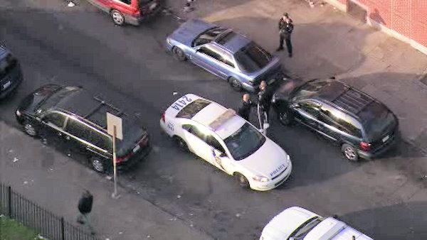Man shot and wounded in Kensington, suspect at large
