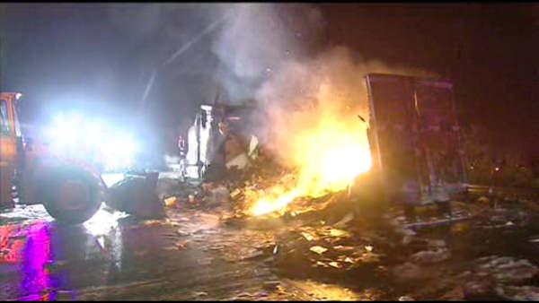 Truck fire shuts down NB I-495 in Wilmington