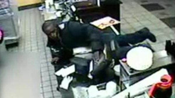 Suspect lunges at register in Philly robberies