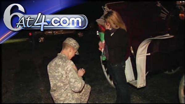 Soldier surprises girlfriend with proposal