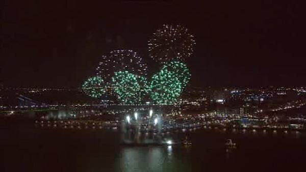 Ringing in the New Year at Penn's Landing