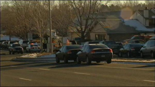 4 dead after police standoff in Aurora, Colorado