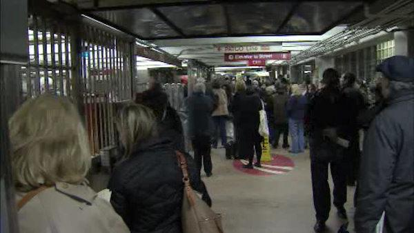 Smoke-filled PATCO train, station evacuated